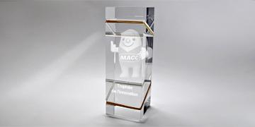 trophée 3d - verre optique - laser