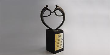 Trophée-metal-bronze-marquage-laser-atoutcœur
