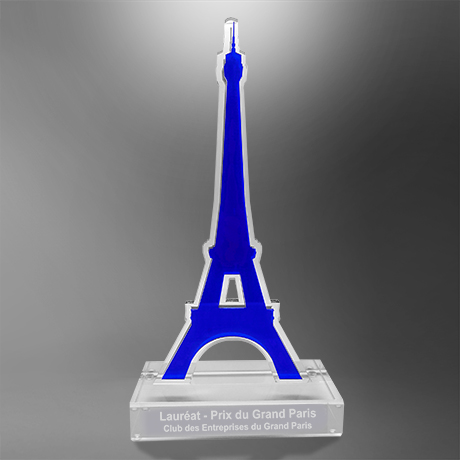 Trophee-surmesure-plexi-altuglass-toureiffel-marquage-socles-gravure laser-slider